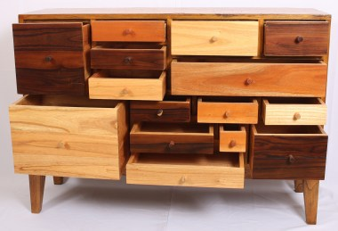 Chest of drawers-Q32b
