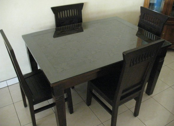 Dining table 4 seater-J75