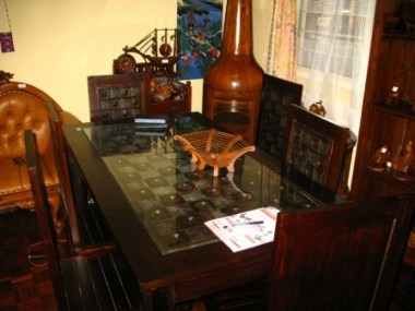 Dining table 6 seater (2)