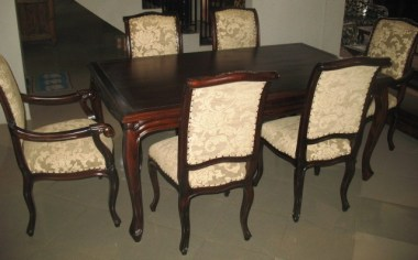 Dining table 6 seater-J31