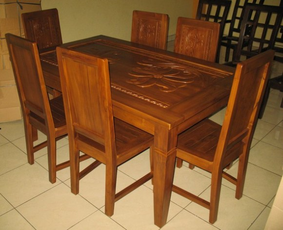 Dining table-J1G