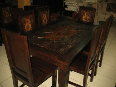 Dining table-J1H