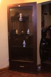 Display cabinet(with interior light)-Ksh 64900 (2)