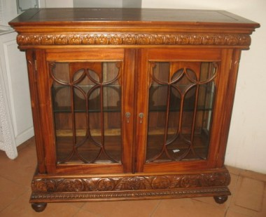 Display cabinet-F24