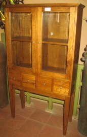 Display_cabinet_54e33afee63664