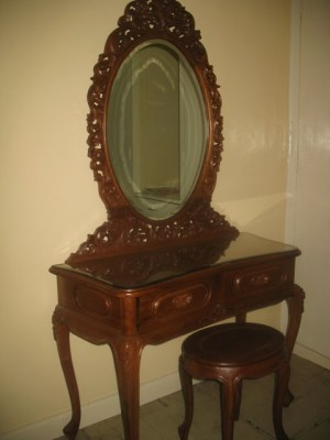 Dressing table-J19