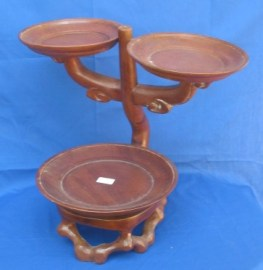 Plate or saucer holder-S227